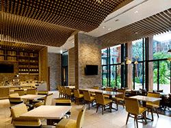 Phuket-Accommodation-Patong-Beach-Holiday-Inn-Express-Hotel-2