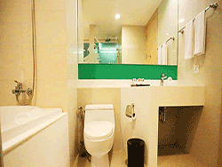 Phuket-accommodation-four-star-sleep-with-me-hotel-patong-deluxe-jacuzzi