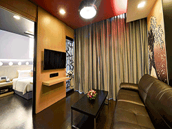 Phuket-accommodation-four-star-sleep-with-me-hotel-patong-suite-4