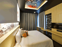 Phuket-accommodation-four-star-sleep-with-me-hotel-patong-suite