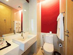 Phuket-accommodation-four-star-sleep-with-me-hotel-patong-superior-2