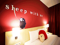 Phuket-accommodation-four-star-sleep-with-me-hotel-patong-superior-4