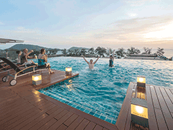 Phuket-accommodation-four-star-the-charm-resort-patong-beach