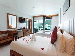 phuket-accommodation-four-star-andakira-hotel-patong-11