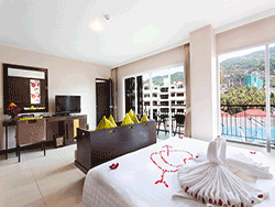 phuket-accommodation-four-star-andakira-hotel-patong-14