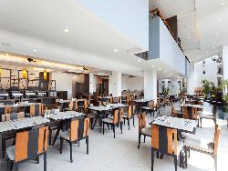 phuket-accommodation-four-star-andakira-hotel-patong-17