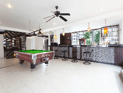 phuket-accommodation-four-star-andakira-hotel-patong-18