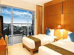 phuket-accommodation-four-star-andakira-hotel-patong-2