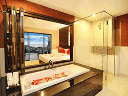 phuket-accommodation-four-star-andakira-hotel-patong-5