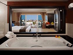 phuket-accommodation-four-star-andakira-hotel-patong-7
