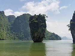 ทัวร์-อ่าวพังงา-เกาะห้อง-เขาตะปู-พายแคนู-เกาะ-ปันหยี-เรือเร็ว