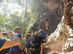 กิจกรรมผาดโผนบนต้นไม้-โหนสลิง-กระบี่-ทรีท็อป-แอดเวนเจอร์-15