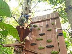 กิจกรรมผาดโผนบนต้นไม้-โหนสลิง-กระบี่-ทรีท็อป-แอดเวนเจอร์-3