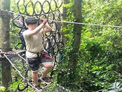 กิจกรรมผาดโผนบนต้นไม้-โหนสลิง-กระบี่-ทรีท็อป-แอดเวนเจอร์-6