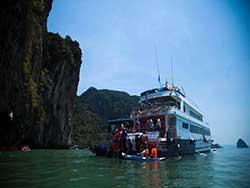 ทัวร์วันเดย์ทริป-อ่าวพังงา-เขาตะปู-พายเรือแคนู-โดยเรือใหญ่-เที่ยวภูเก็ต-ราคาถูก-2
