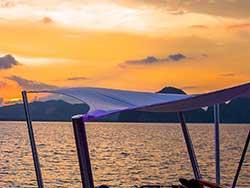 จำหน่ายบัตรทัวร์ล่องเรือใบหรูปาร์ตี้-Hype-Luxury-Boat-เที่ยวภูเก็ต-ราคาถูก-8