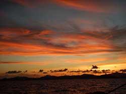 ทัวร์ครึ่งวันบ่าย-เกาะไม้ท่อน-ล่องเรือชมพระอาทิตย์ตก-เรือคาตามารัน-เที่ยวภูเก็ต-2