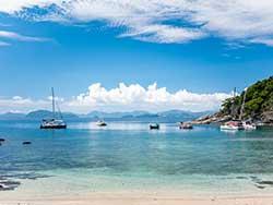 ทัวร์วันเดย์ทริป-เกาะไม้ท่อน-ล่องเรือชมปลาโลมา-โดยเรือคาตามารัน-เที่ยวภูเก็ต