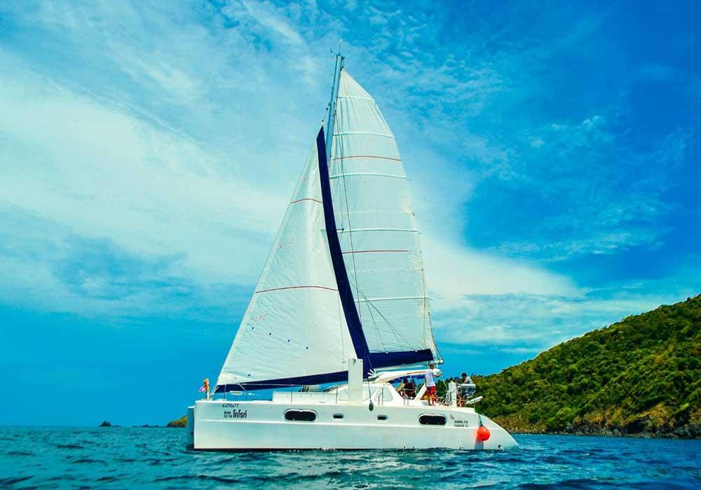 บริการเช่า-เหมาลำเรือคาตามารัน-เที่ยวภูเก็ต-กระบี่-พังงา-ราคาถูก-11