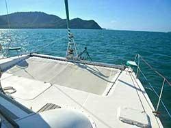 บริการเช่า-เหมาลำเรือคาตามารัน-เที่ยวภูเก็ต-กระบี่-พังงา-ราคาถูก-2