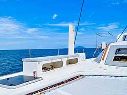 บริการเช่า-เหมาลำเรือคาตามารัน-เที่ยวภูเก็ต-กระบี่-พังงา-ราคาถูก-8