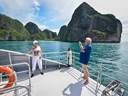 ทัวร์-วันเดย์-พรีเมียม-เกาะพีพี-เรือคาตามารัน-ภูเก็ต-6
