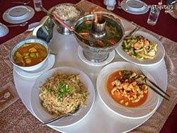 อาหารเที่ยง-ทัวร์วันเดย์-เกาะพีพี